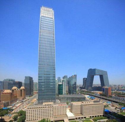 """北京:高达330米主塔楼夺得""""京城第一高楼""""称号的国贸大厦。"""